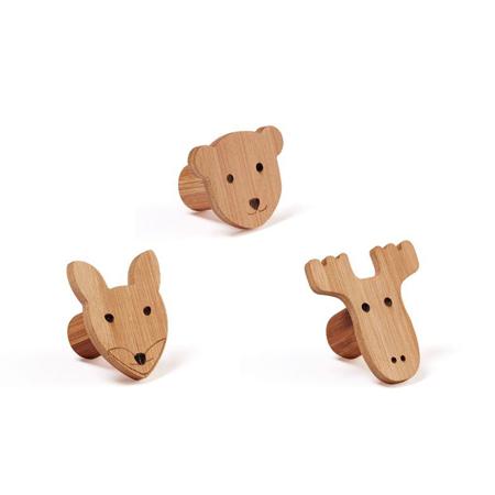 Slika Kids Concept® Set Lesenih Obešalnikov na Živali