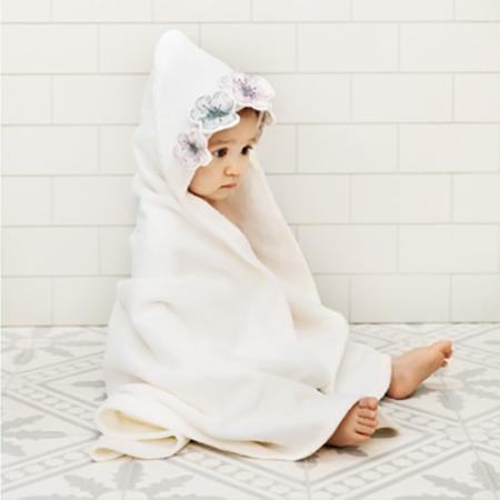 Slika Elodie Details® Brisača s kapuco Embedding Bloom 80x80