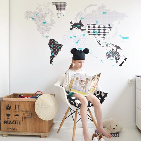 Dekornik® Stenska nalepka Zemljevid Sveta Black&White