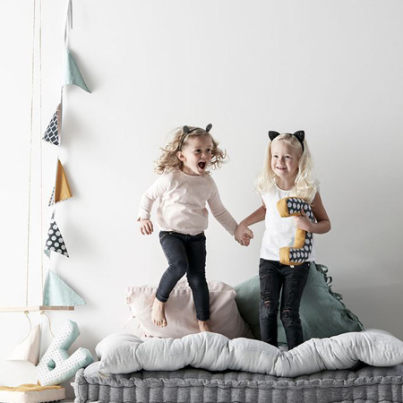 Slika Kids Concept® Dekoracijske zastavice Modra