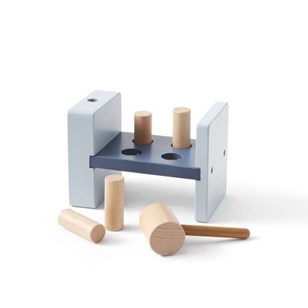 Slika Kids Concept® Lesena igračka s kladivom Aiden Blue