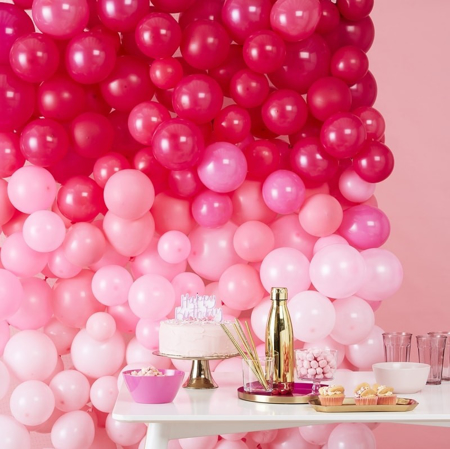 Slika Ginger Ray® Balonska stena Ombre Pink