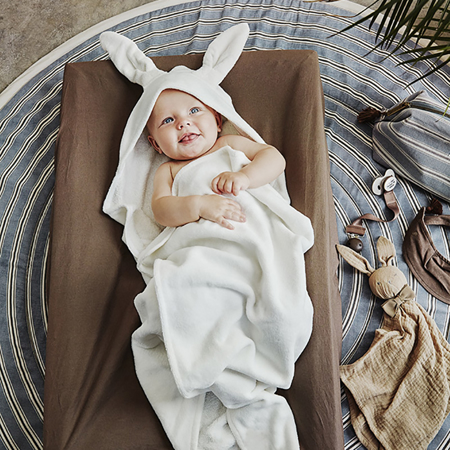 Elodie Details® Brisača s kapuco Vanilla White Bunny 80x80