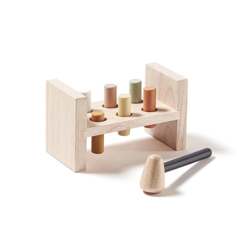 Kids Concept® Lesena igračka s kladivom Neo