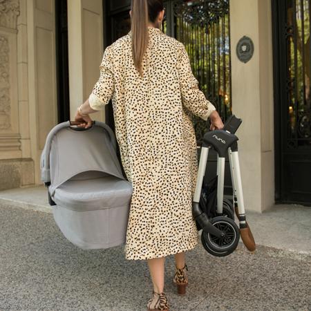 Nuna® Košara za novorojenčka Triv™ Ebony