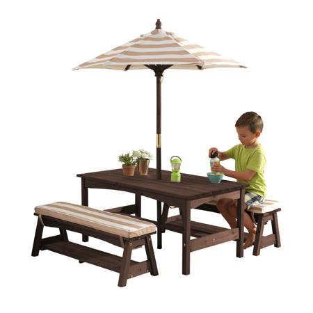 Slika KidKraft® Zunanja miza s stoli in dežnikom Pink/White