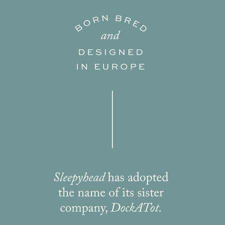 DockAtot® Večnamensko gnezdece Deluxe+ Carrara Marble (0-8m)