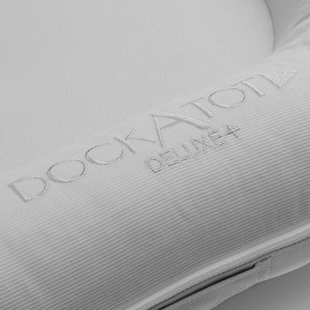 DockAtot® Večnamensko gnezdece Deluxe+ Cloud Grey (0-8m)