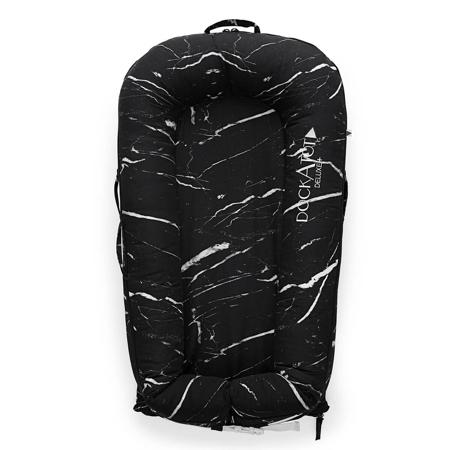 Slika DockAtot® Večnamensko gnezdece Deluxe+ Black Marble (0-8m)