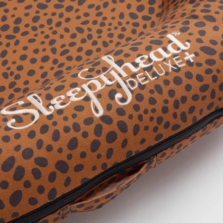 Sleepyhead® Večnamensko gnezdece Deluxe Bronzed Cheetah (0-8m)