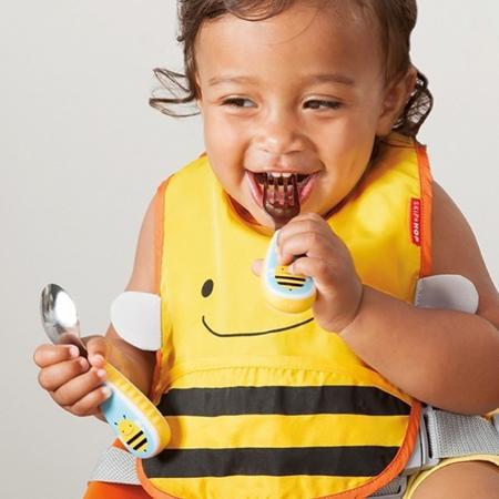 Skip Hop® Otroški jedilni pribor Čebelica