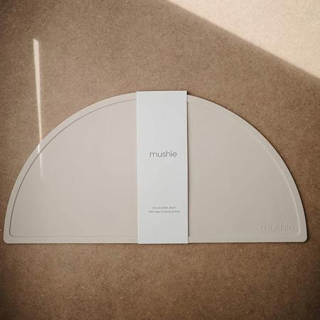 Mushie® Silikonska podloga za hranjenje Vanilla Confetti