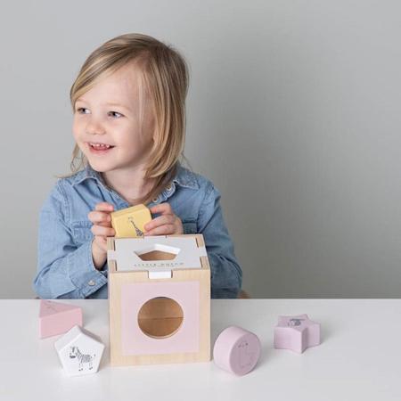 Little Dutch® Didaktična kocka za razvrščanje oblik Zoo Pink