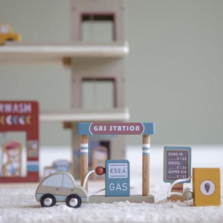Little Dutch® Lesena garaža za železniško progo