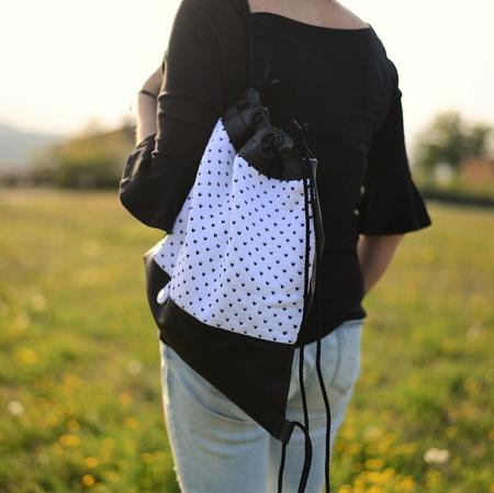 Ksenka® Ročno izdelan nahrbtnik Hearts - Black & White