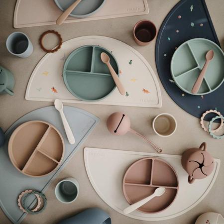 Mushie® Set dveh silikonskih žličk Cambridge Blue/Shifting Sand