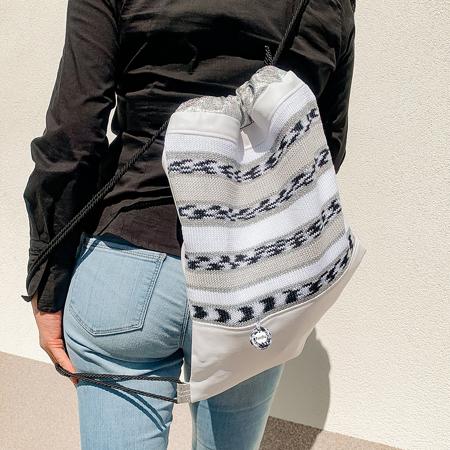 Ksenka® Ročno izdelan nahrbtnik Lines - White Black