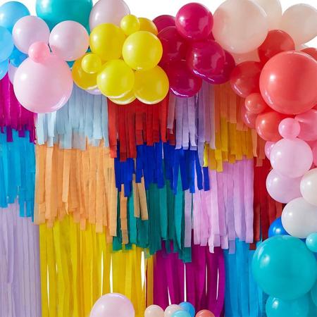 Slika Ginger Ray® Ozadje za fotografiranje z baloni in resicami Mix It Up Brights  Rainbow