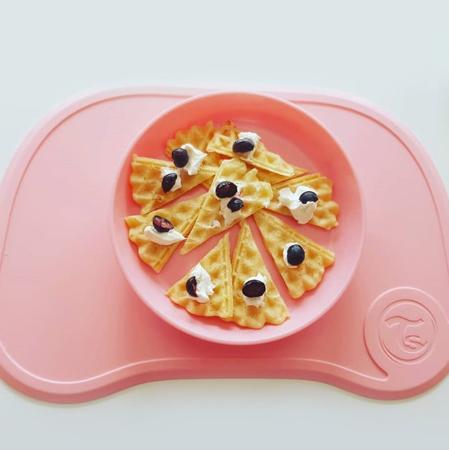 Twistshake® Podloga s krožničkom Click Mini Pastel Pink