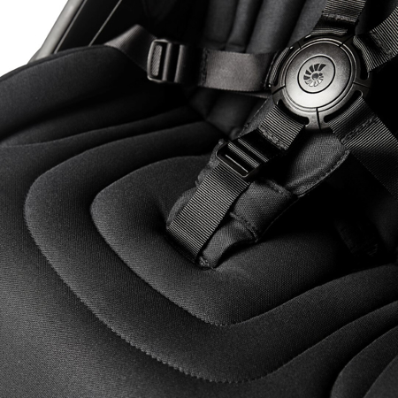 Ergobaby® Kompakten mestni voziček Metro+ Black