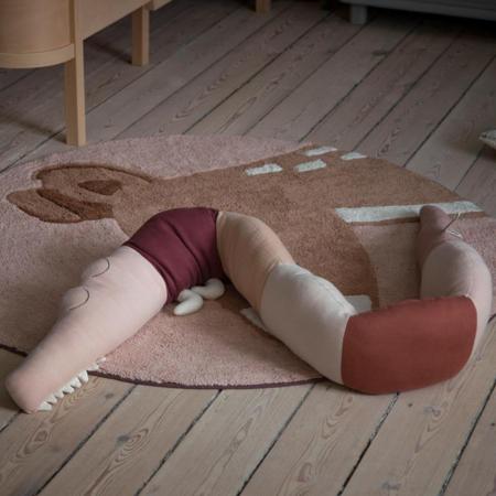 Sebra® Vzglavnik Sleepy Croc Dreamy Rose