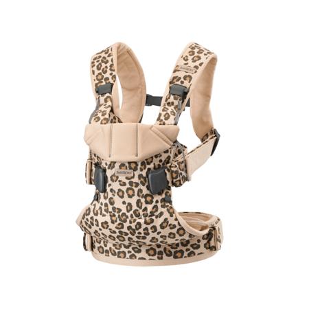 Slika BabyBjörn® Ergonomska nosilka One Cotton Beige/Leopard
