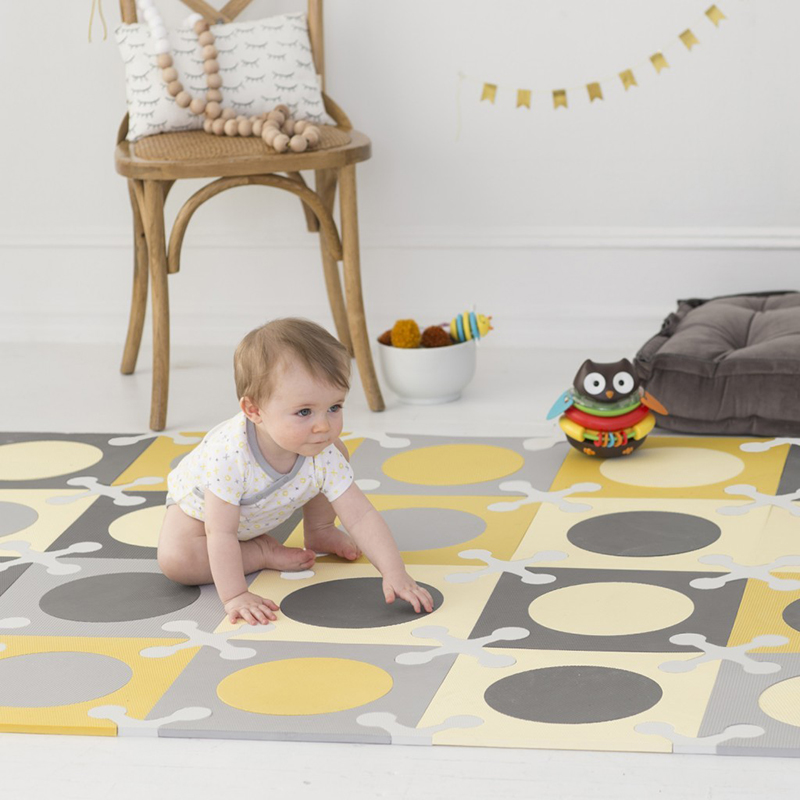 skiphop-playspot-interlocking-kid-foam-tiles-grey-gold2_1