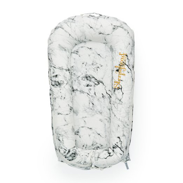 Evitas_Sleepyhead_Carrara_Marble (9)
